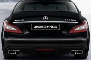 Задний диффузор с насадками AMG 6.3 Mercedes CLS